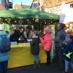 Bild vom Waffelstand des Fördervereins beim Weihnachtsmarkt